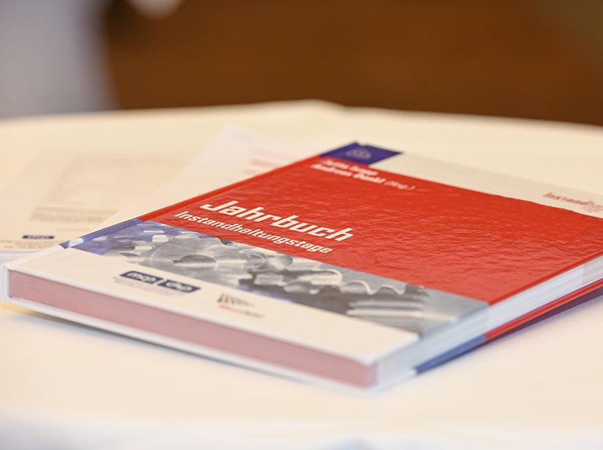 Jahrbuch Instandhaltungstage, Photo Baurecht, dankl, Messfeld, MCP